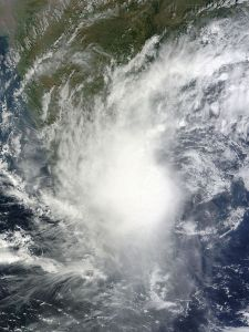 675px-Severe_Cyclonic_Storm_Jal_2010-11-07_0530Z